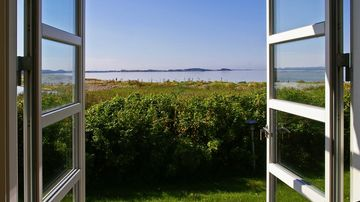 patio doors with sea view.jpg